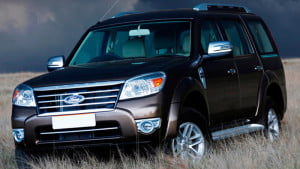 Ford-Endeavour_2