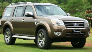 Ford-Endeavour_3