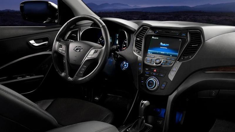 2013-Hyundai-Santa-Fe interiors