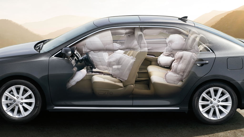 2014 toyota camry gas mileage release date price and specs. Black Bedroom Furniture Sets. Home Design Ideas