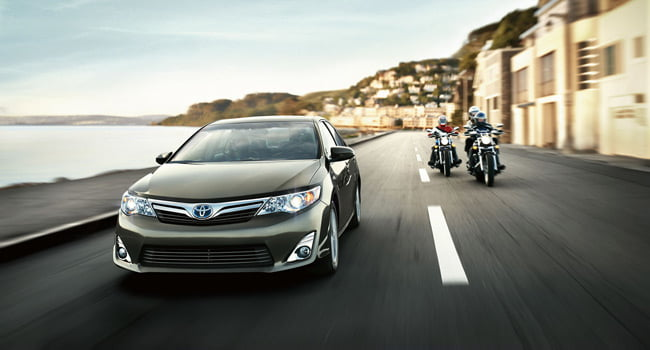 Toyota-Camry_Featured