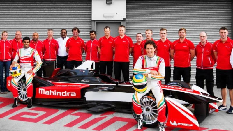 mahindra-racing-at-donington-park
